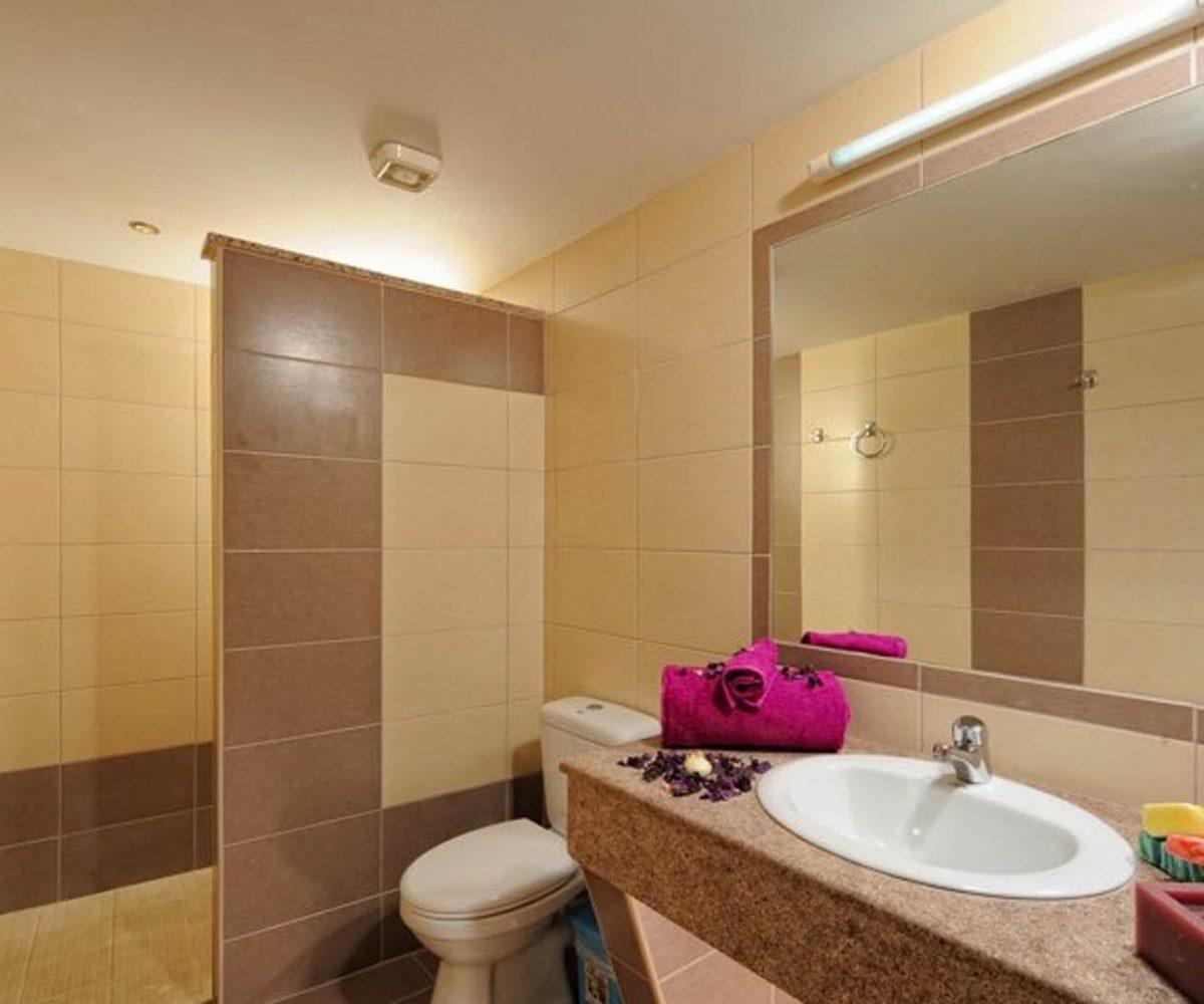 Standard Apartment Bathroom
